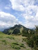Il Col Fioret (noi siamo quasi in cima) visto dal Col dei Baldi